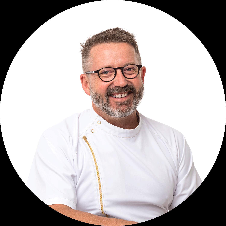 Dr Ian Gurner is our principal dentist
